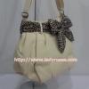 กระเป๋าสะพาย นารายา ผ้าคอตตอน นาโน สีครีม ผูกโบว์ ลายเสือดาว ด้านข้าง (กระเป๋านารายา กระเป๋าผ้า NaRaYa กระเป๋าแฟชั่น)