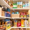 วิธีจัดระเบียบตู้ชั้นวางของในครัว เพื่อให้ชีวิตแม่บ้านอย่างเราง่ายขึ้น!