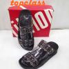 รองเท้า fitflop สวมเพชรกระจายรุ่นใหม่สีดำ ราคา550 บาท