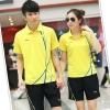 Pre-order ชุดกีฬา ชุดออกกำลังกาย เสื้อแขนสั้นคอปกสีเหลือง กางเกงขาสั้นสีดำ ชุดทีม ชาย-หญิง