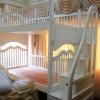 เตียงนอน 2 ชั้น รุ่นพิเศษบันไดเป็นลิ้นชักเก็บของได้