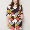 รายละเอียด :จั๊มสูทสาวอวบแขนสามส่วนผ้าโพลีเอสเตอร์พิมพ์ลายกราฟฟิคสีสันสดใสติดยางยืดช่วงเอวมีกระเป๋าสอง (XL,2XL,3XL) เพิ่มเติม **จั๊มสูทขาสั้นสาวอวบ ดีไซน์พิมพ์ลายสีสันสดใสทั้งชุด ทรงแขนสั้น แต่งกระเป๋าจริง 2 ข้าง ซิบยาวซ่อนด้านหลังสวมใส่สบายมากค่ะ สาวๆควร