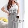 Pussy Cat Long Dress by Seoul Secret Material : เดรสสีขาวเทาเนื้อผ้ายืด เนื้อผ้าสวย น่ารักๆ ด้วยงานเย็บแต่งประดับด้วยผ้านำมาตัดแต่งเป็นลายน้องแมว น่ารักมากคะ เก๋ๆ ด้วยทรงเดรสตัวยาว ทรงเก๋ Match กับลายน้องแมวมากคะ มีดีเทลเก๋ๆ ที่ตัวเสื้อเย็บซ้อนทับตัวเดรส