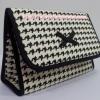 กระเป๋าเครื่องสำอางค์ นารายา ผ้าคอตตอน ลายชิโนริ มีกระจกในตัว Size L (กระเป๋านารายา กระเป๋าผ้า NaRaYa)