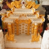 ศาลเจ้าที่ขนาด 27 นิ้ว 888 สีขาวพ่นทอง (หินนอกนำเข้า สีขาว)