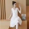 set เสื้อและกระโปรง สวยมากค่ะ เสื้อ ผ้าลูกไม้ปักลายตามแบบ สีขาว เนื้อผ้ามีลายเส้น ในตัว สวยมากค่ะ เนื้อเงานิดๆๆ แขนกุด มีซับใน มีซิบด้านข้างลำตัว ชายปล่อย กระโปรง ผ้าแบบเดียวกัน เอวเป็นแถบยางยืดขนาดใหญ่ ทรงเอ มีซับใน