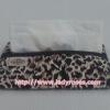 กระเป๋าเอนกประสงค์ ใส่สตางค์ ใส่โทรศัพท์ และ กระดาษทิชชู่ ลายเสือดาว ( กระเป๋านารายา กระเป๋าผ้า NaRaYa )