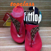 Fitflop SUISEI Black sandal(เพชรชวารอฟกี้ใบไม้สีแดง)ราคา 550 บาท