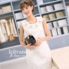 Best of the Best 2014 Diamond thick white embossed Dress luxury style เดรสสไตล์เรียบหรู ลุ๊คคุณหนู หวานๆ ประดับตบแต่ง ดีเทลช่วงอกด้วย เพชร และคริสตัล ตามรูป เข้ากันอย่างลงตัวดูดี กับชุดเดรส ที่ทำด้วยเนื้อผ้าทอลาย มี Texture บนตัวผ้า ลายสวยเด่น ทั้งชุด ด้า