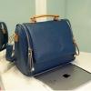 กระเป๋าแฟชั่น Axixi สีน้ำเงิน หูถือสีน้ำตาล มีสายสะพายยาวให้ แบบน่ารักมากค่ะ