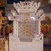ศาลเจ้าที่ขนาด 27 นิ้ว (ฐานยกสูง 20 cm ) 4 เสา 5 หลังคา 8ปลา 8หงส์ 8 มังกร หินขาว (หงษ์หางสวย)