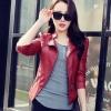 เสื้อผ้าแฟชั่นนำเข้า : เสื้อแจ็คเก็ต เสื้อหนังแฟชั่น พร้อมส่ง สีแดง คอจีน ดีเทลด้วยปกโฉบเฉี่ยว แต่งกระเป๋าหลอกด้วยซิบรูด สุดเท่ห์ รายละเอียดเพิ่มเติม : หนังเนื้อนิ่มหน้าใส่ แต่งผ้าซับใน