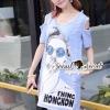 Seoul Secret Say's... Chill Open Shoulder Denim Dress Material : เดรสยีนส์เดนิมเก๋ๆ ชิคๆ ด้วยทรงเดรสเว้าไหล่ เก๋ๆ ด้วยงานพิมพ์ลายสาวแว่น เติมความเก๋ด้วยงานประดับด้วยวิ้งเลื่อมๆ ที่แว่นนะคะ ทรงเก๋น่าใส่ ใส่แมตซ์กับรองเท้าผ้าใบก็สวยเก๋แล้วคะ