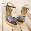 รองเท้าออกงานที่ทำให้คุณเจิดจรัสดุจดั่งเพชรล้ำค่าที่ใครๆเห็นต่างตกตะลึง!