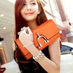 (Pre-Order) กระเป๋าคลัช สีส้ม หนังแท้ มีห่วงด้านหน้า กระเป๋าแฟชั่นเกาหลี แฟชั่นกระเป๋าสไตล์เกาหลี ปี 2013
