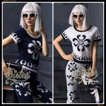 สินค้าพร้อมส่ง 한국에 의해 설계된 2Sister Made, twin Lady Cutie Set with 2classic color เซ็ตเสื้อ+กางเกงเข้าชุดกันสไตล์แบรนด์ดัง เนื้อผ้ายืดใส่สบายมากค่ะ ดีเทลแขนสั้น พิมพ์ลายคมชัด มาพร้อมกับกางเกงขายาวห้าส่วนเข้าชุดกับเสื้อสวยมากๆค่ะ งานป้าย2Sister นำเข้างานพรีเ
