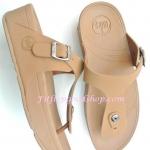 รองเท้า Fitflob New  หูหนีบ เข็มขัด รุ่นใหม่ สีน้ำตาล No.FF182