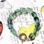 ++สร้อยข้อมือหินสี ฟลูออไรท์ (Fluorite) สีเขียวอมม่วงใส ๆ ++