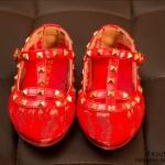 รองเท้าคัทชูสีแดง สไตล์วาเลนติโน่ ไซส์ 28