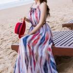 เสื้อผ้าแฟชั่นนำเข้า : MAXI DRESS ชุดเดรสยาว พร้อมส่ง พื้นขาวตกแต่งลวดลายสีแดงสลับสีกรมท่า สินค้าจริงงานเหมือนแบบเลยค่ะ ผ้าชีฟอง เนื้อดี ใส่สบาย มีซับใน มีสายไว้ผูกโบว์คอเสื้อด้านหน้า สามารถปรับสายได้ กระโปรงยาวระบายพริ้วๆ มาพร้อมเข็มขัดเข้ากับตัวชุด ***