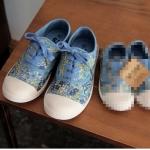 รองเท้าผ้าใบสีฟ้าลายดอกไม้ผูกเชือก