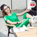 Pre-Order ชุดกีฬา ชุดออกกำลังกาย เสื้อผ้าออกกำลังกาย ชุดลำลอง เสื้อแขนสั้นและกางเกงขาสามส่วนสีเขียว