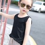เสื้อเด็กแขนกุดสีดำ