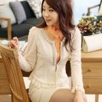 พรีออเดอร์ เสื้อสูทแฟชั่นเกาหลี เสื้อสูทผู้หญิง เสื้อคลุม คอกลม ผ่าหน้า ประดับพลอยที่ขอบคอเสื้อ แขนยาว แต่งระบายที่ชายเสื้อ