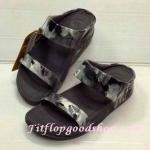 รองเท้า Fitflop New สวม ลายดอกไม้หนังมัน สีดำ No.FF285