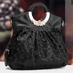 พรีออเดอร์ กระเป๋าแฟชั่นเกาหลี 2014 กระเป๋าถือผู้หญิง รูปทรงถุง มีหูหิ้ว มีสายสะพายไหล่ ตกแต่งด้วยลูกไม้ สีดำ