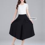 Pre-Order กางเกงขากว้าง กางเกงกระโปรง ผ้าไนล่อนผสมสีพื้น กางเกงกระโปรงลำลอง สีดำ