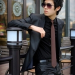 (พรีออเดอร์) ชุดสูทสากล ชุดสูทผู้ขาย สูทแนวสปอร์ต กระดุมเม็ดเดียว สีดำเงา (shiny black) แฟชั่นสูทสไตล์เกาหลี