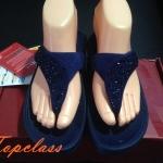 Fitflop SUISEI Pebble sandal(เพชรกระจายใบไม้สีน้ำเงิน)ราคา570บาท