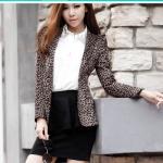 พรีออเดอร์ เสื้อสูทพิมพ์ลายเสือดาว เสื้อสูทผู้หญิง แขนยาว มีปก กระเป๋าข้างมีฝา ความยาวคลุมสะโพกล่าง