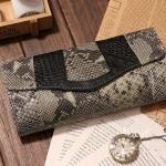 กระเป๋าคลัทช์ แฟชั่นกระเป๋าถือผู้หญิง แฟชั่นมาใหม่สไตล์ยุโรป-อเมริกา ปี 2013 หนังวัว หนังจระเข้ และหนังงู สีเทา