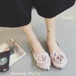 รองเท้าคัชชู หัวแหลม ดีไซส์สวย แต่งดอกไม้เกร๋ๆ วัสดุผ้าซาตินเงา สวยงาม