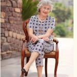 Pre-Order เสื้อผ้าผู้หญิง อายุ 60 up ผ้าทอลายโทนน้ำเงิน (379) คอจีน กระดุมหน้า
