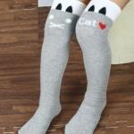 ถุงเท้าเด็กแบบยาว สีเทา