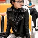 เสื้อผ้าแฟชั่นนำเข้า : เสื้อแจ็คเก็ต เสื้อหนังแฟชั่น พร้อมส่ง สีดำ แขนยาว คอปกโฉบเฉี่ยว แต่งซิปรูดเก๋ เข้ารูป สุดเท่ห์