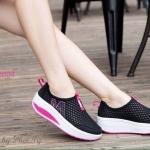 รองเท้าผ้าใบแบบไม่มีเชือกผ้าตาข่าย ด้านข้างติดรูปตัว M น้ำหนักเบา