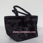 กระเป๋าถือ นารายา Size S ผ้าซาตินมัน สีดำ ผูกโบว์ด้านหน้า สายหิ้ว หูเกลียว (กระเป๋านารายา กระเป๋า NaRaYa กระเป๋าผ้า)