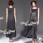 Seoul Secret Say's... Dotty Rome Sequinny Maxi Dress Material : เนื้อผ้าโพลีเอสเตอร์ สวยเก๋แบบสาวแฟชั่นนิสตร้าด้วยทรงแม๊กซี่เดรสตัวยาว ชายกระโปรงต่อชายพริ้วสวยมากคะ สวยเก๋ด้วยงานปักลายโรมันสไตล์ DG เติมความสวยเก๋ด้วยงานปักดอกไม้สีแดงที่ช่วงบ่า เติมคว