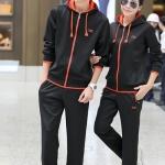 ขายแล้ว ชุดออกกำลังกายแฟชั่น ชุดกีฬาสีดำ-ส้ม ผ้าเนื้อแน่น หนา สำหรับอากาศค่อนข้างเย็น