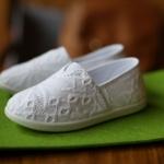 รองเท้าเด็กสีขาว