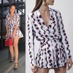 Sevy Two Pieces Of Graphically Jacket Suit With Shorts Sets Type: Jacket Suit+Shorts Fabric: Polyester Detail: เซทเสื้อสูทแขนยาวคอปก มาเข้าเซทกับกางเกงขาสั้นทรงบานใส่คล้ายกระโปรง ด้วยลายพิมพ์โมเดิร์นโทนสีฟ้าสลับส้มอมแดง จะใส่เข้าเซทกันหรือแยกใส่ก็ได้หลายโ