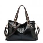 (Pre-order) กระเป๋าสะพายหนังแท้แบบเรียบๆ แฟชั่นกระเป๋าถือ ถุงสะพาย กระเป๋าสะพายสไตล์ยุโรป อเมริกา สีดำ