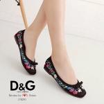 รองเท้า STYLE D&G ทำจากผ้าซาตินใส่แล้วทำให้ดูขับผิวเท้า ปักลายดอกไม้สวยเก๋