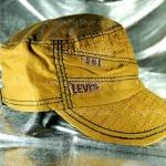 หมวก Cap ผ้าสีน้ำตาลโทนเหลือง ลายปักสีเหลืองทอง LEVI'S เท่ห์มากๆ