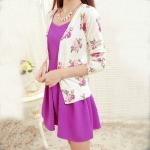 เสื้อคลุมแฟชั่น : เสื้อฝ้ายผ้าสำลี  สีแอพริคอต พิมพ์ลายกุหลาบ สีชมพู กระดุมผ่าหน้า สวยน่ารักมากๆค่ะ