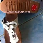 รองเท้า Fitflob New สวมกระดุม สีขาว No.FF191